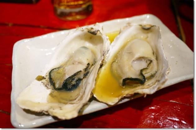 [京美食] だいやす大安 烤牡蠣 – 錦市場