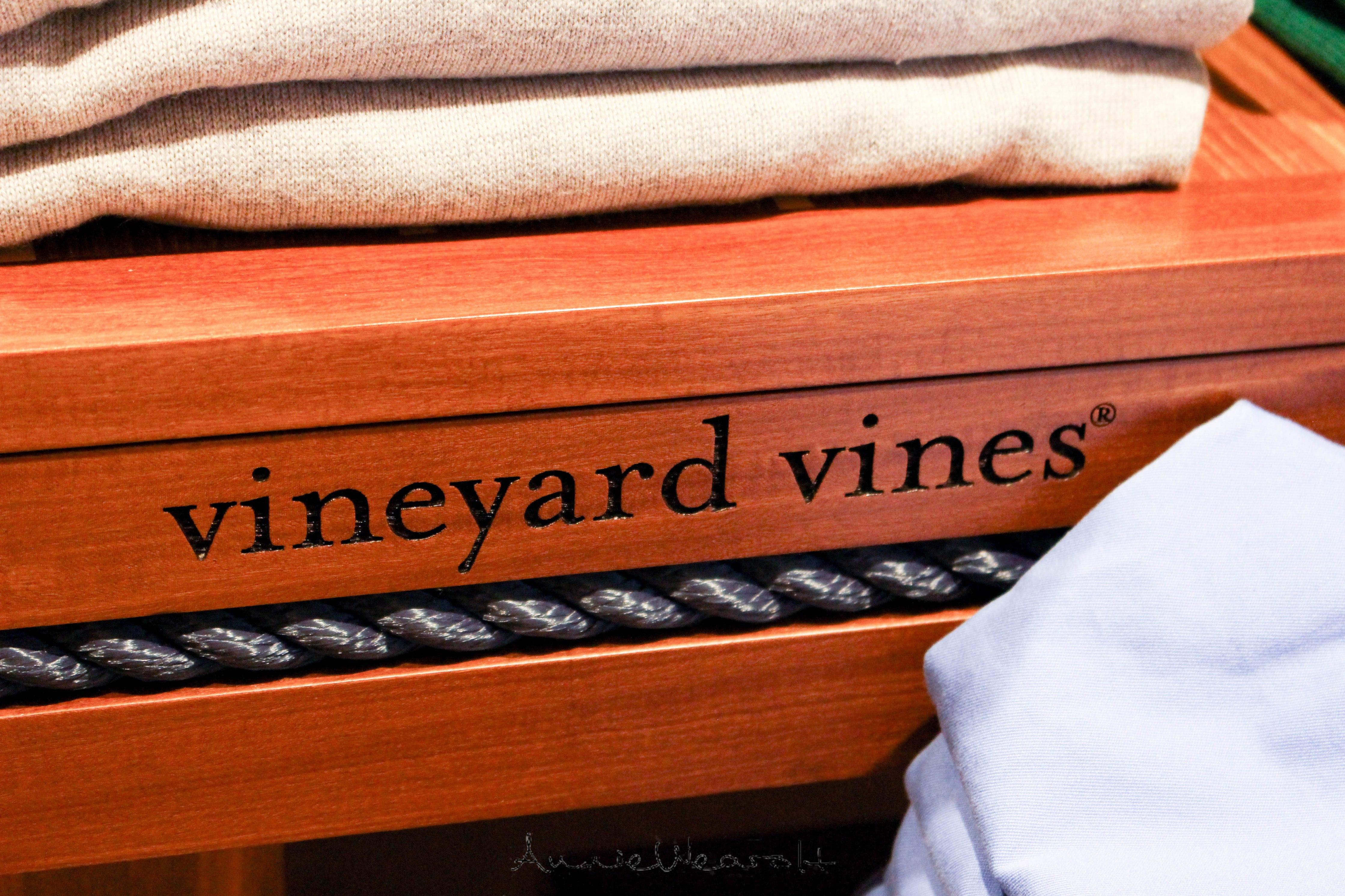 vineyard-vines-mug-2