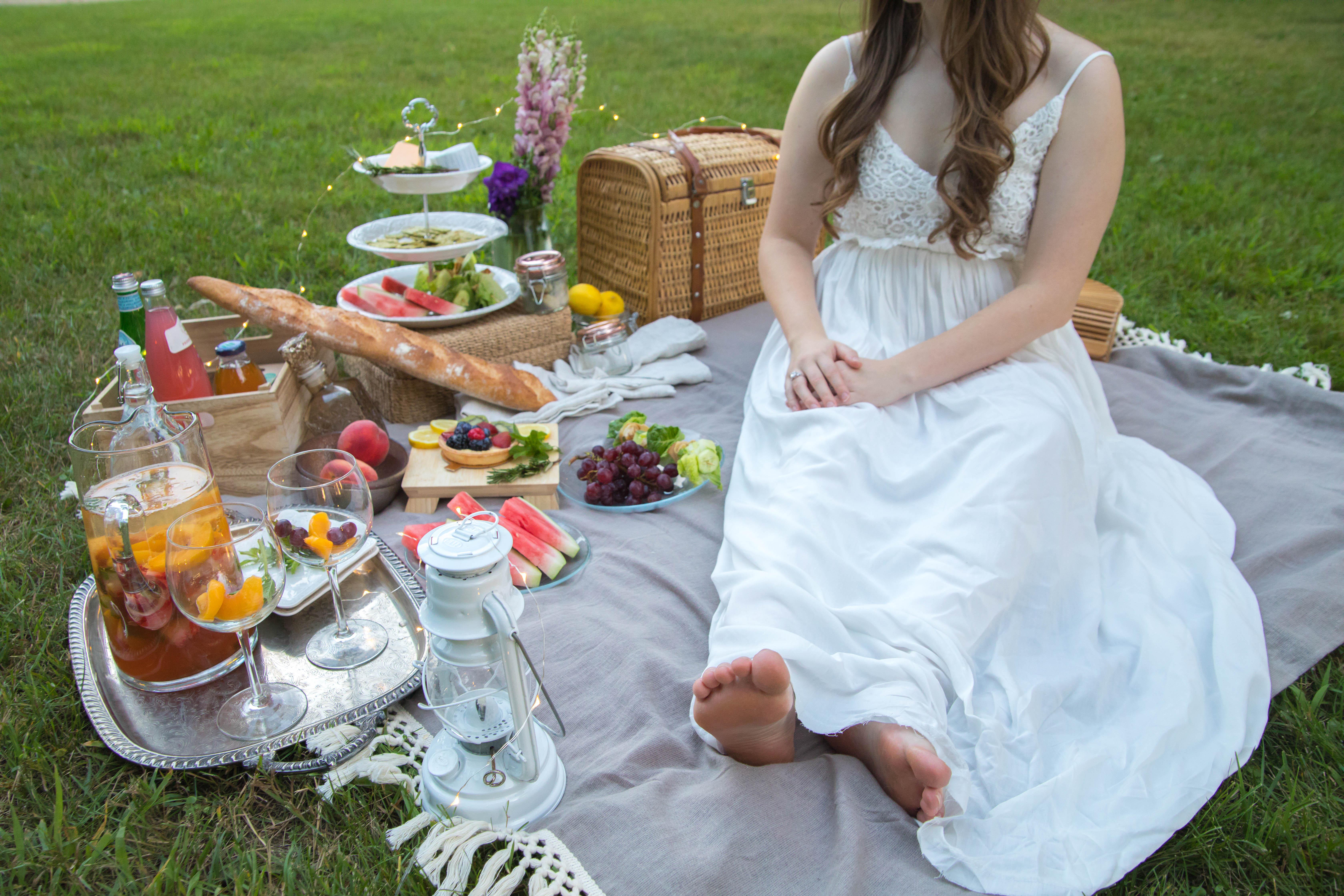 Perfect Summer Picnic inspiration ideas Anniversary Ideas Whole Foods Vegan Summertime Dusk Annie Fairfax AnnieWearsIt