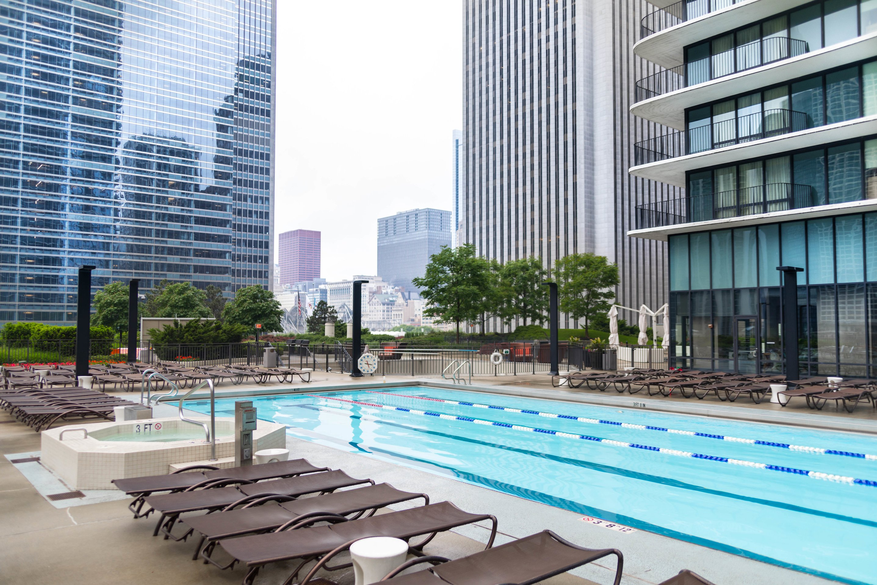 Luxury Hotels of the World: Radisson Blu Aqua Chicago