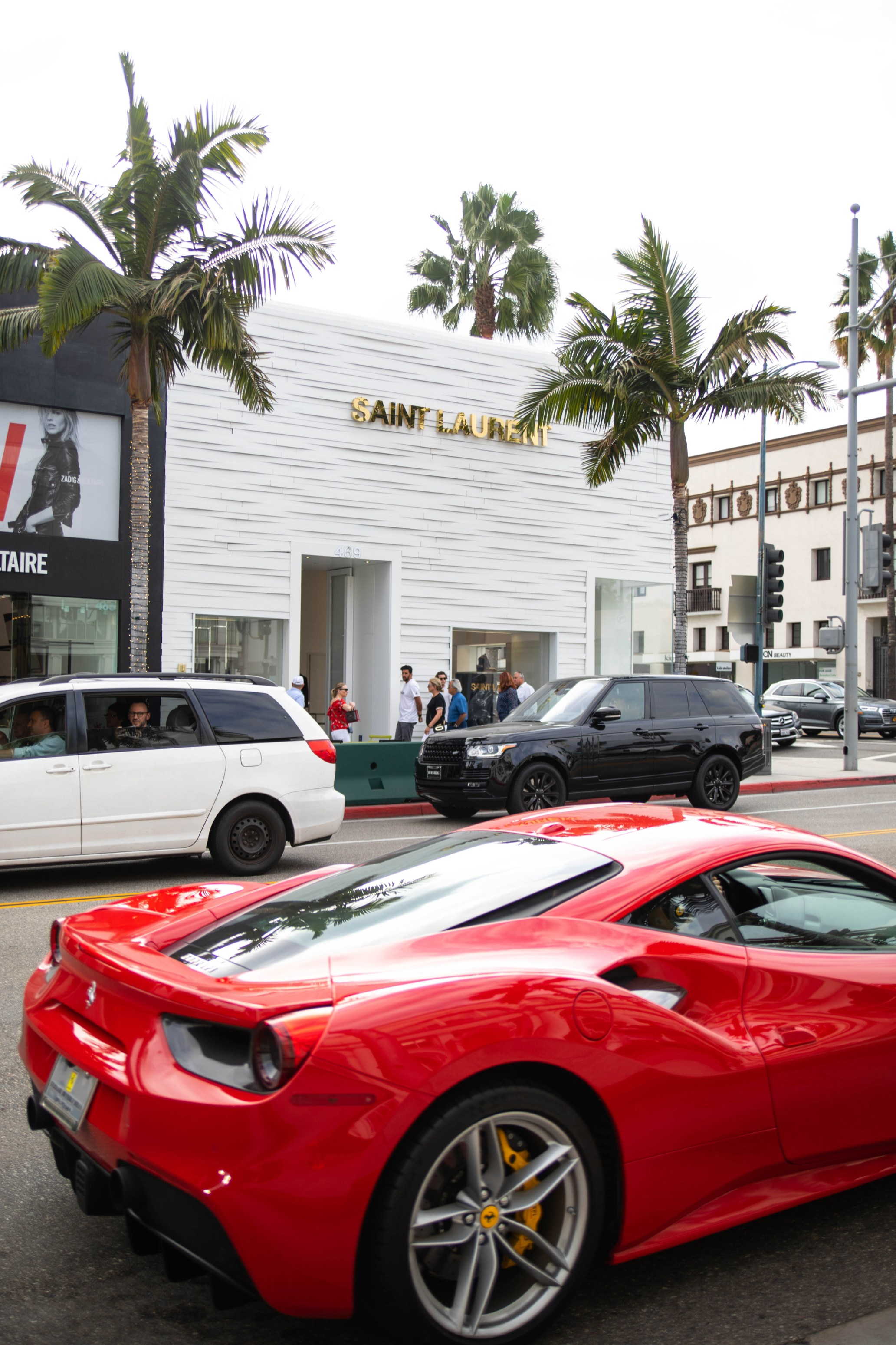 Beverly Hills: The Complete Traveler's Guide