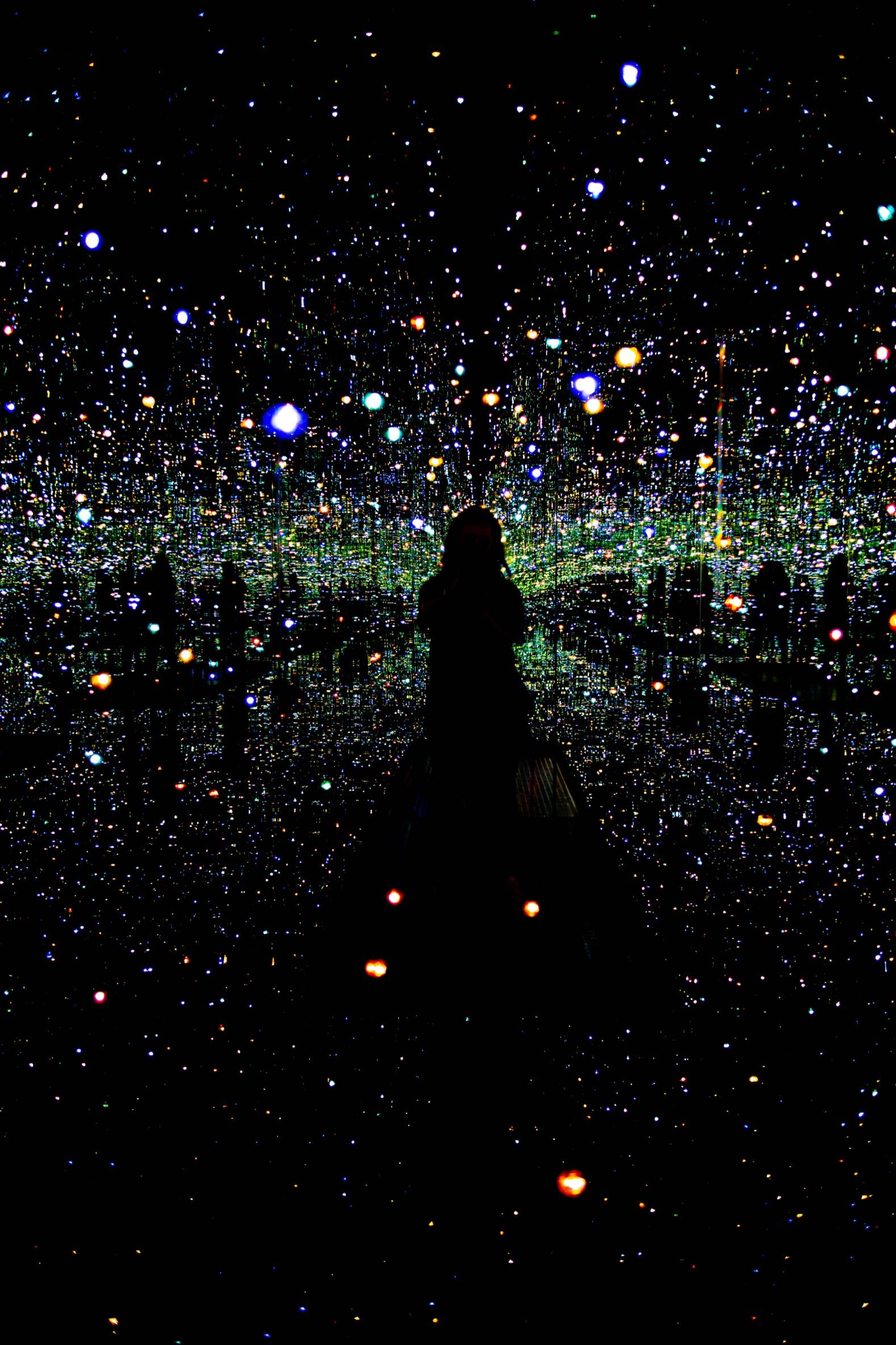 Yayoi Kusama: Infinity Mirrors The Broad Los Angeles