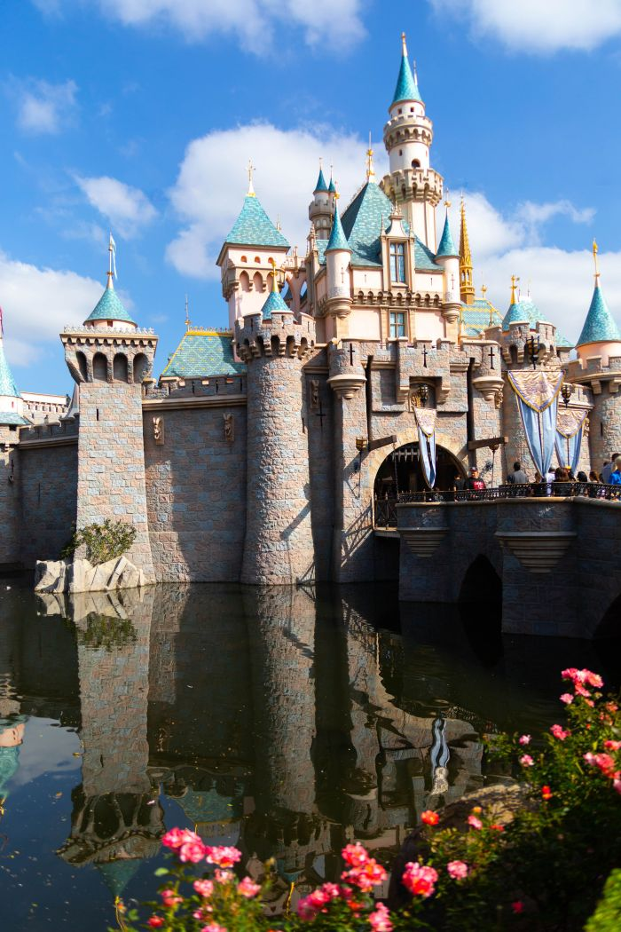 Disneyland: The Official Travel Guide + Insider Advice