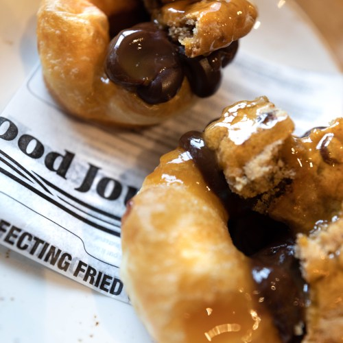 Homemade Luxury Donuts at Luxury Restaurants of the World: Columbus Tap at The Fairmont Hotel Chicago