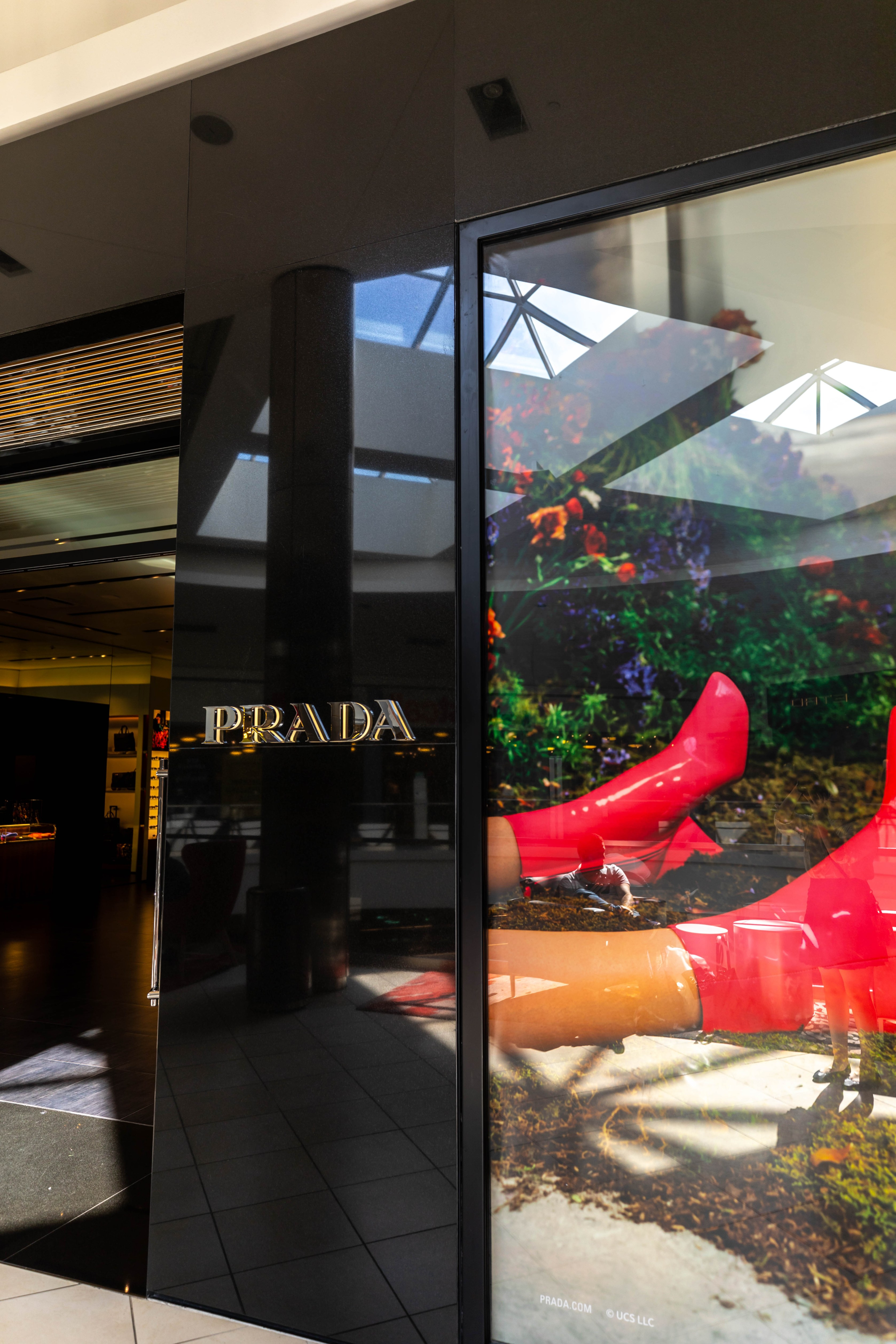 Shopping Prada, Gucci, Jimmy Choo & More at Fashion Outlets of Chicago