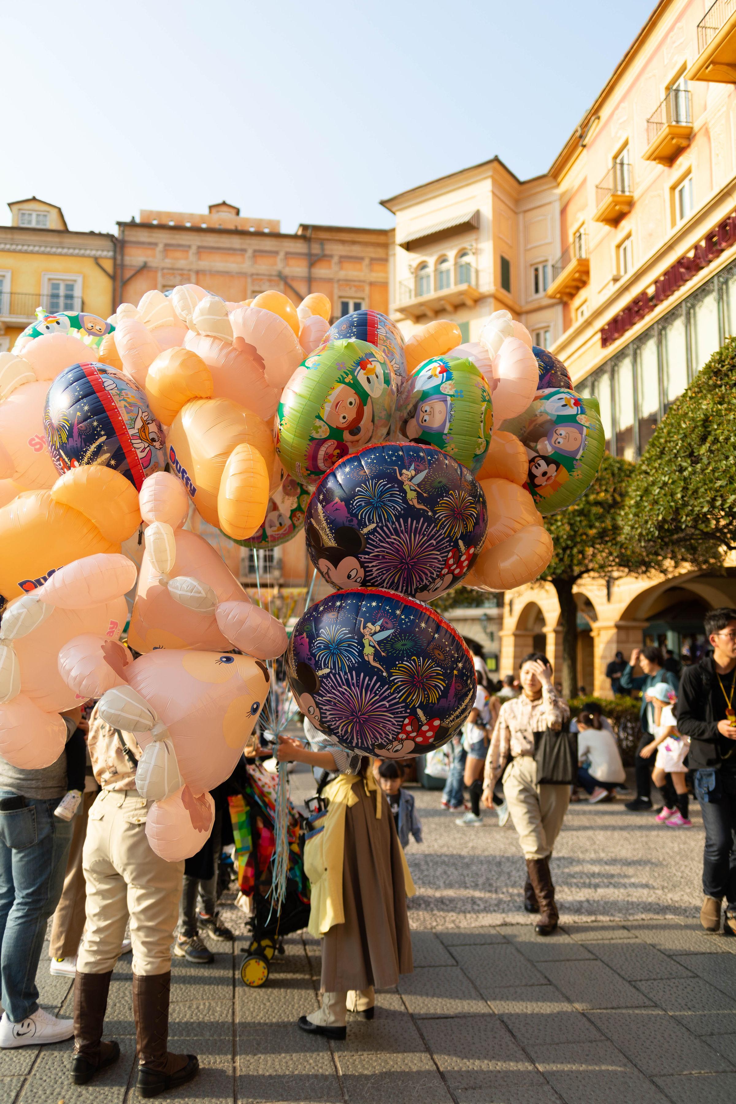 Duffy and Friends Bear Balloons at Tokyo DisneySea in Tokyo, Japan
