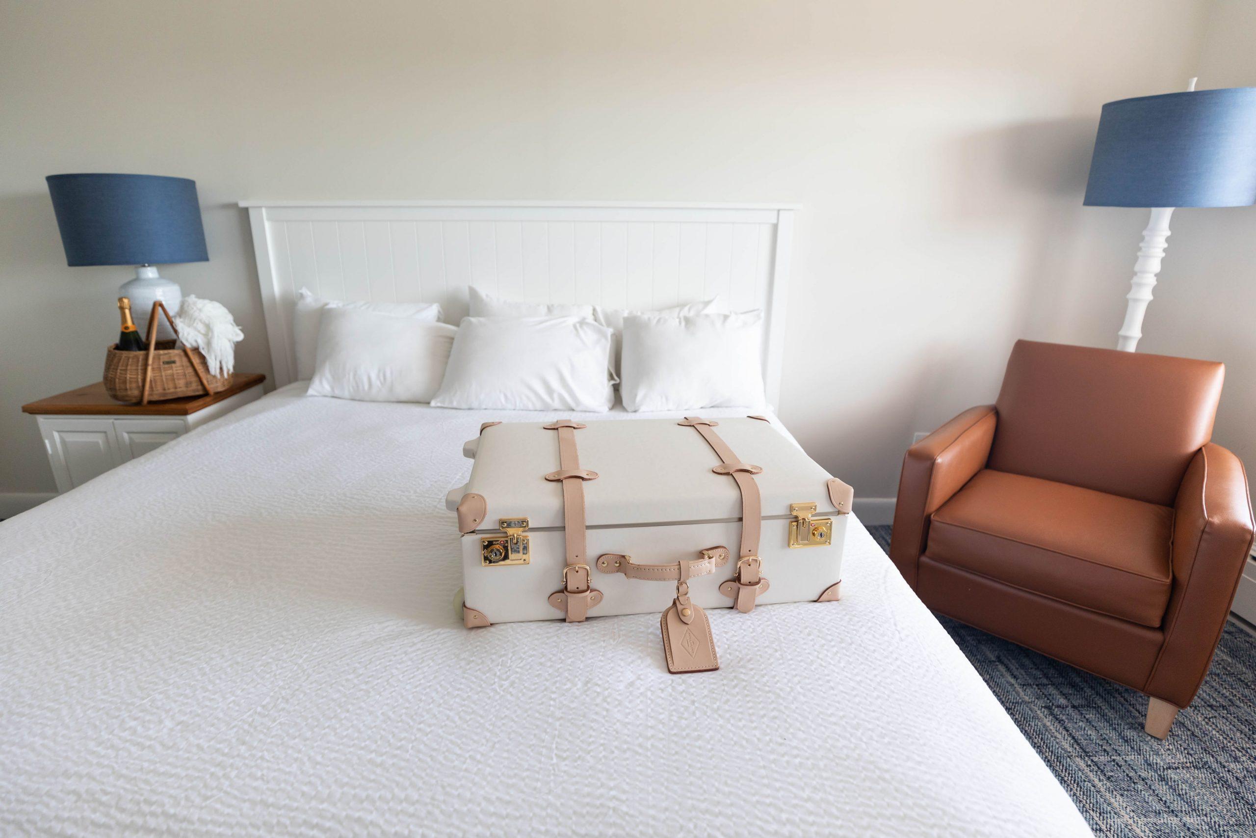 Straits View King Room at Straits Lodge at Mission Point Resort on Mackinac Island Michigan by Annie Fairfax @AnnieFairfax