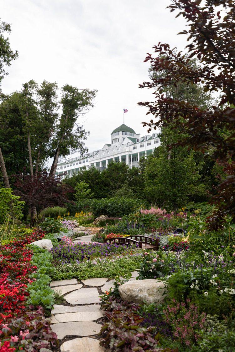 Luxury Hotels of the World: Grand Hotel on Mackinac Island