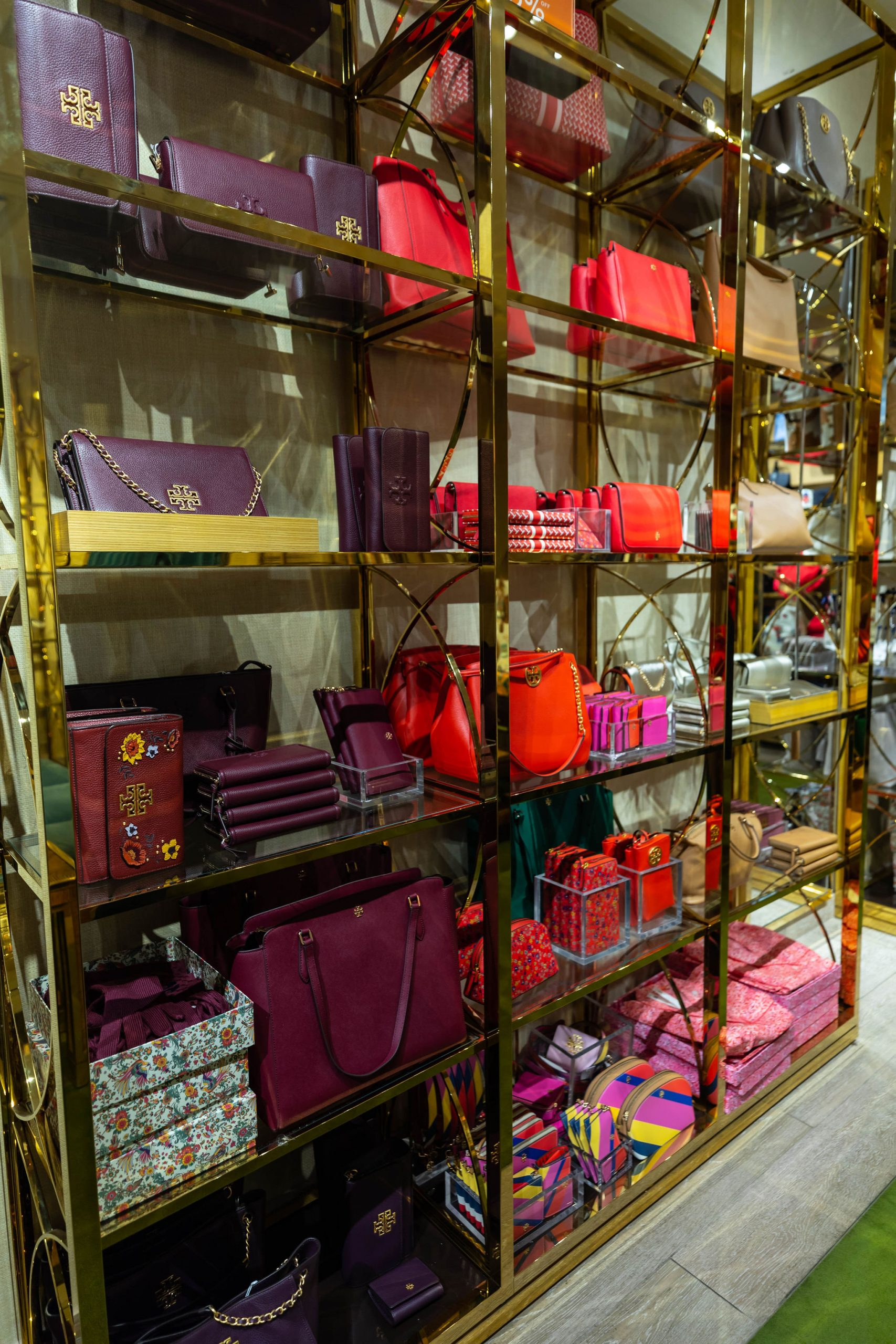 Fashion Outlets of Chicago Tory Burch Outlet Up to 80% off Designer Fashion by Annie Fairfax