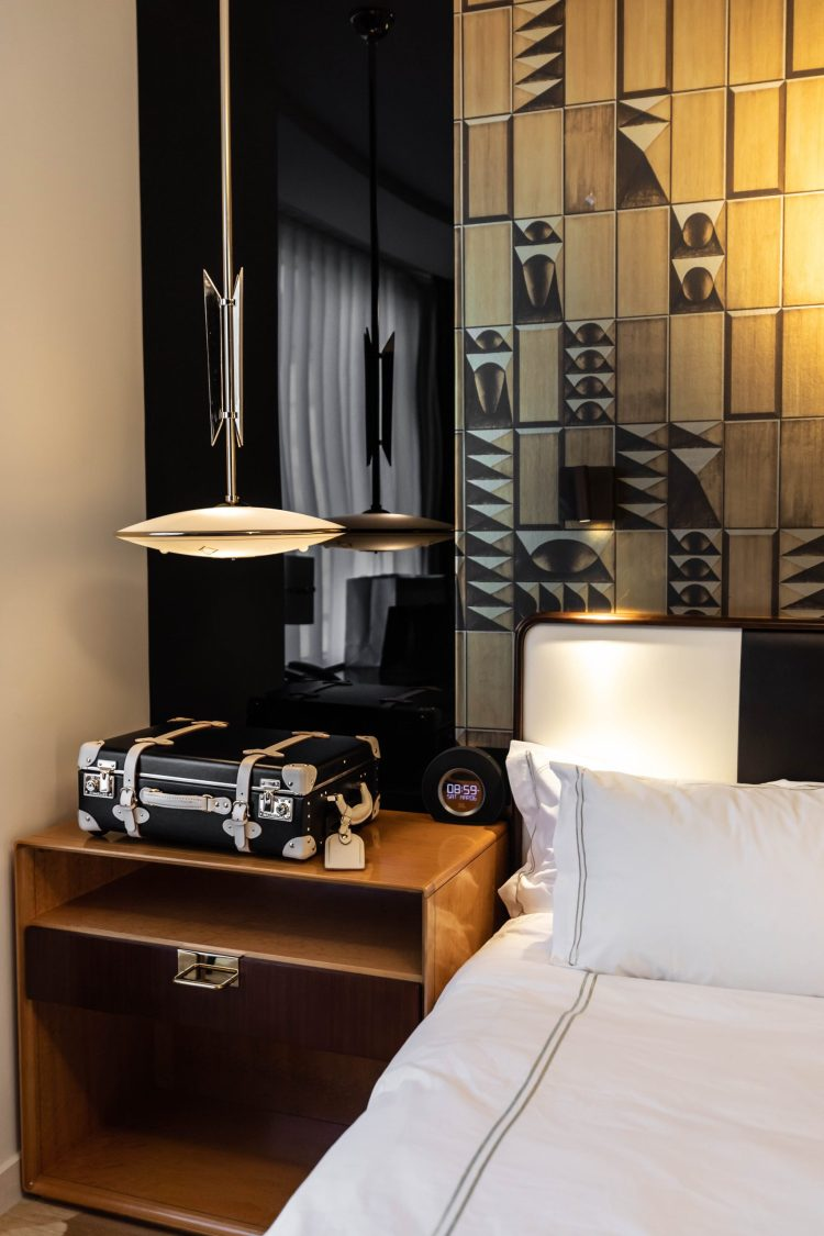 Viceroy Chicago: 5-Star Luxury Hotels of the World