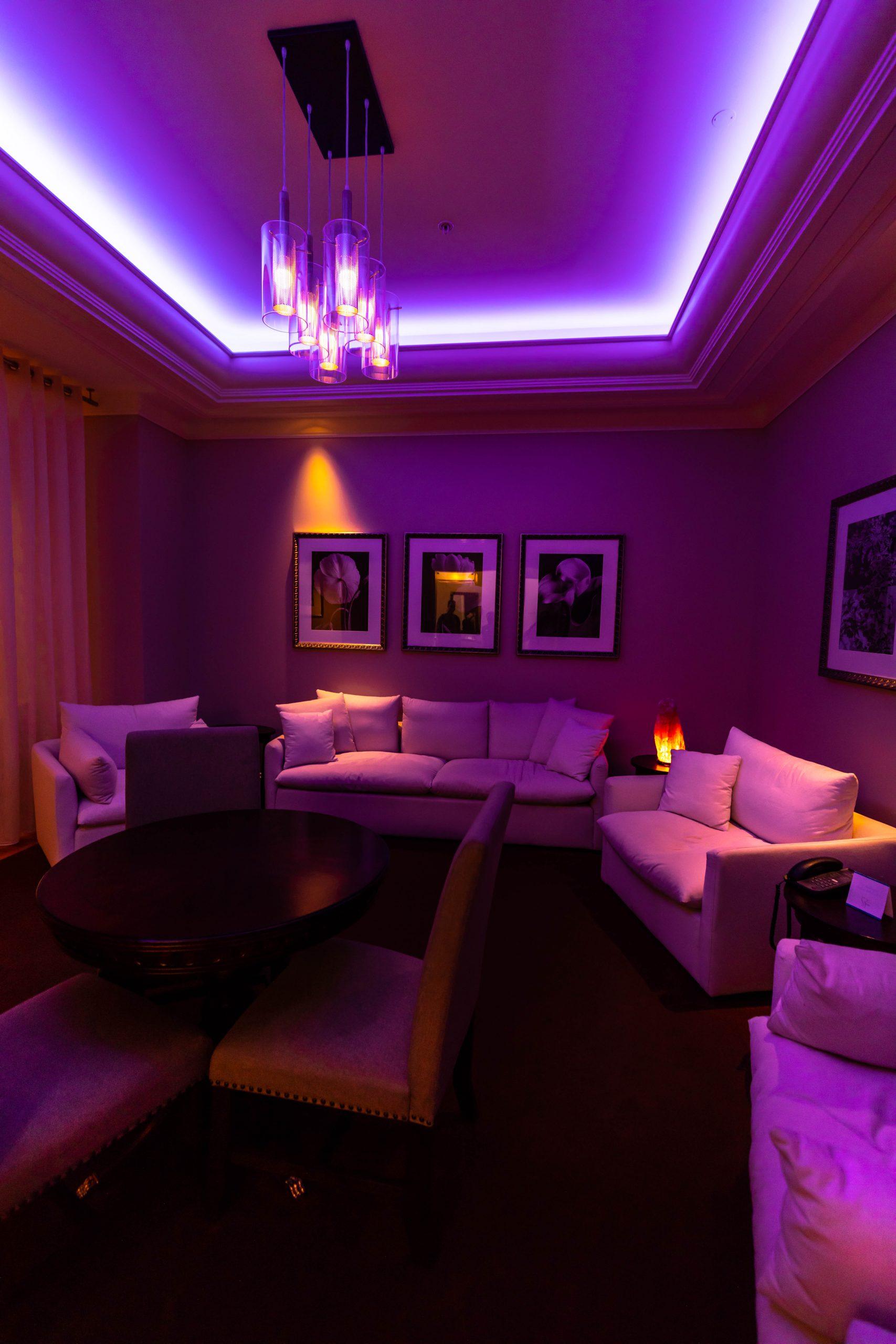 Waldorf Astoria Orlando Spa Lounge Room Photographed y Annie Fairfax Florida Luxury Spas of the World