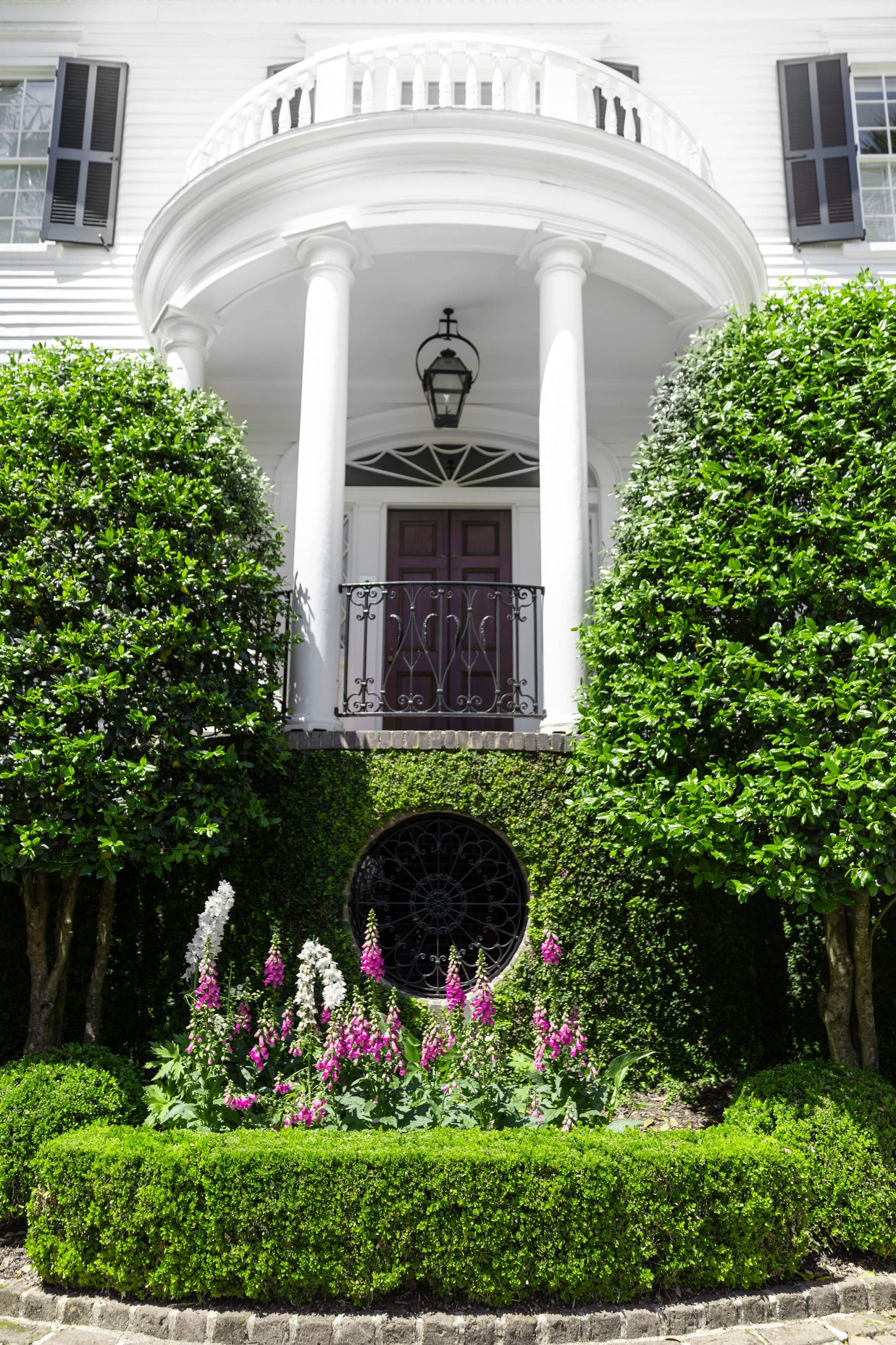 Beautiful Homes of The Holy City Charleston Luxury Travel Guide by Photographer Annie Fairfax South Carolina Vacation Ideas and Honeymoon Inspiration