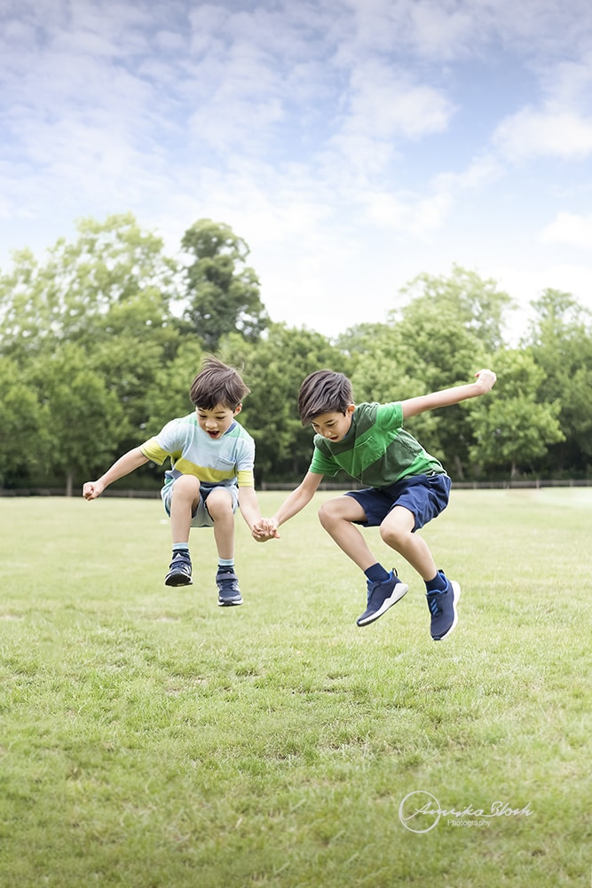 Child photography in Holland Park, London, active boys