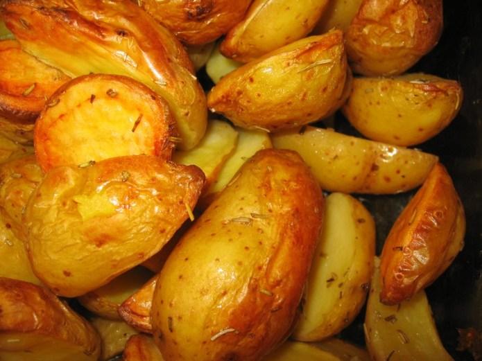 Pommes de terre au four à la graisse de canard