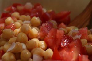 garbanzos tomates cebettes