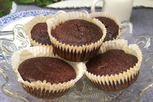 Que diriez vous de muffins au chocolat et betterave ?