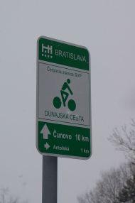 Bike path signs Slovak style