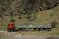 Mobile honey processing plant