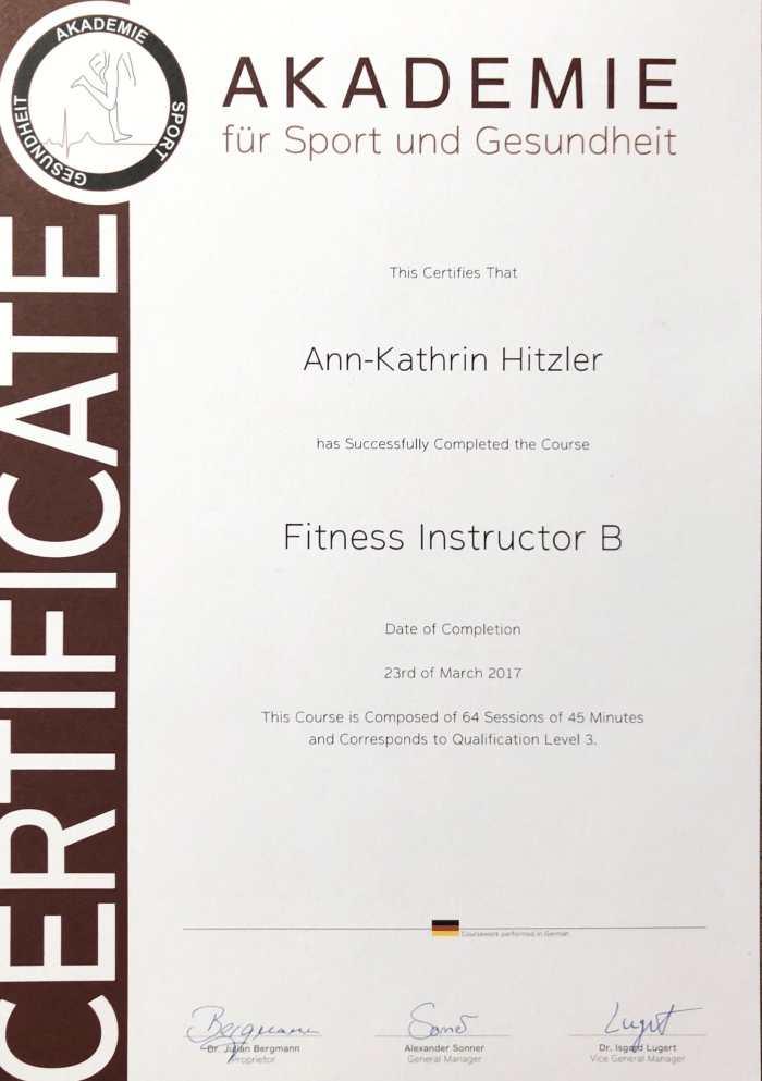 Ann-Kathrin Hitzler wurde im März 2017 mit der Fitness Trainer B-Lizenz der Akademie für Sport und Gesundheit ausgezeichnet.