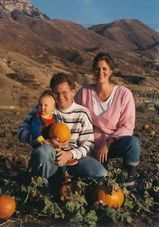 Lewis, John, Ann & Adam pumpkin patch 1992