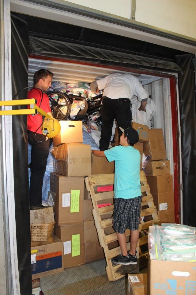 2014-10-2 Packing Kits for Zimbabwe (41)