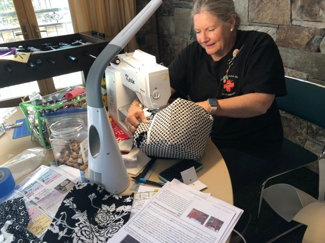 2019-4-9-12 Quilt Retreat Sundance (22)