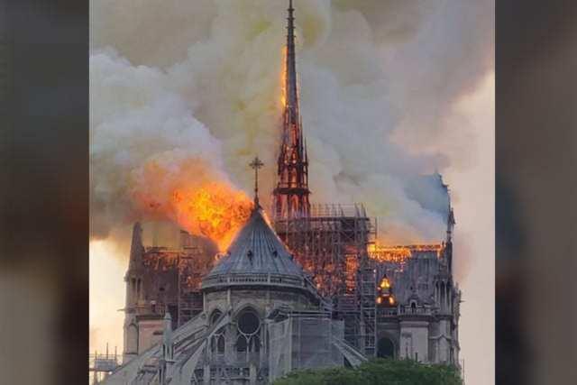 Notre Dame Fire 5