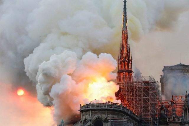 Notre Dame Fire 7