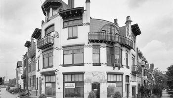 art-nouveau-gebouw in Arnhem, hoek Zijpendaalseweg - Cronjéstraat, foto: Rijksdienst voor het Cultureel Erfgoed (via Wikimedia Commons)