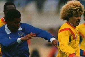 Valderrama impegnato da Mazinho nella Copa America 1991
