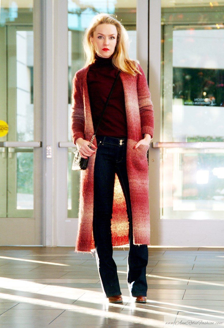 How to wear a long cardigan: wool cardigan forever 21, WHBM Jeans, Calvin Klein cross-body bag