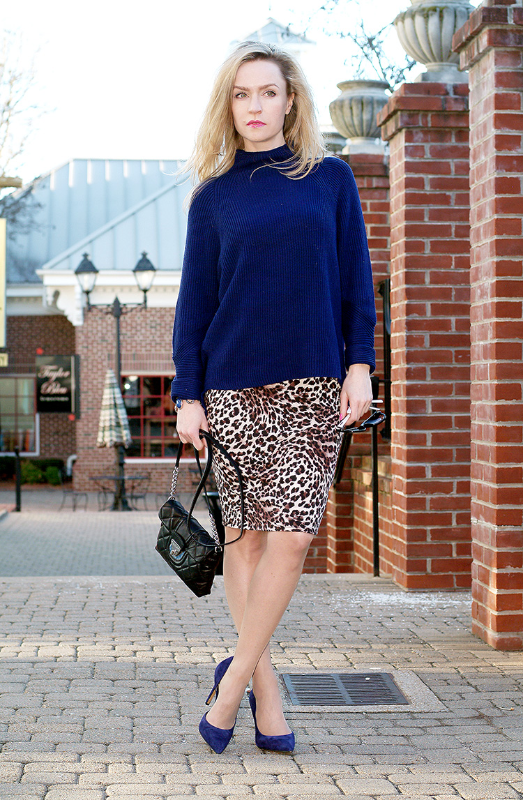 Elie-Tahari-navy-blue-sweater-with-suede-navy-blue-Jessica-Simpson-heels-and-leopard-print-pencil-skirt,-urban-chic-12