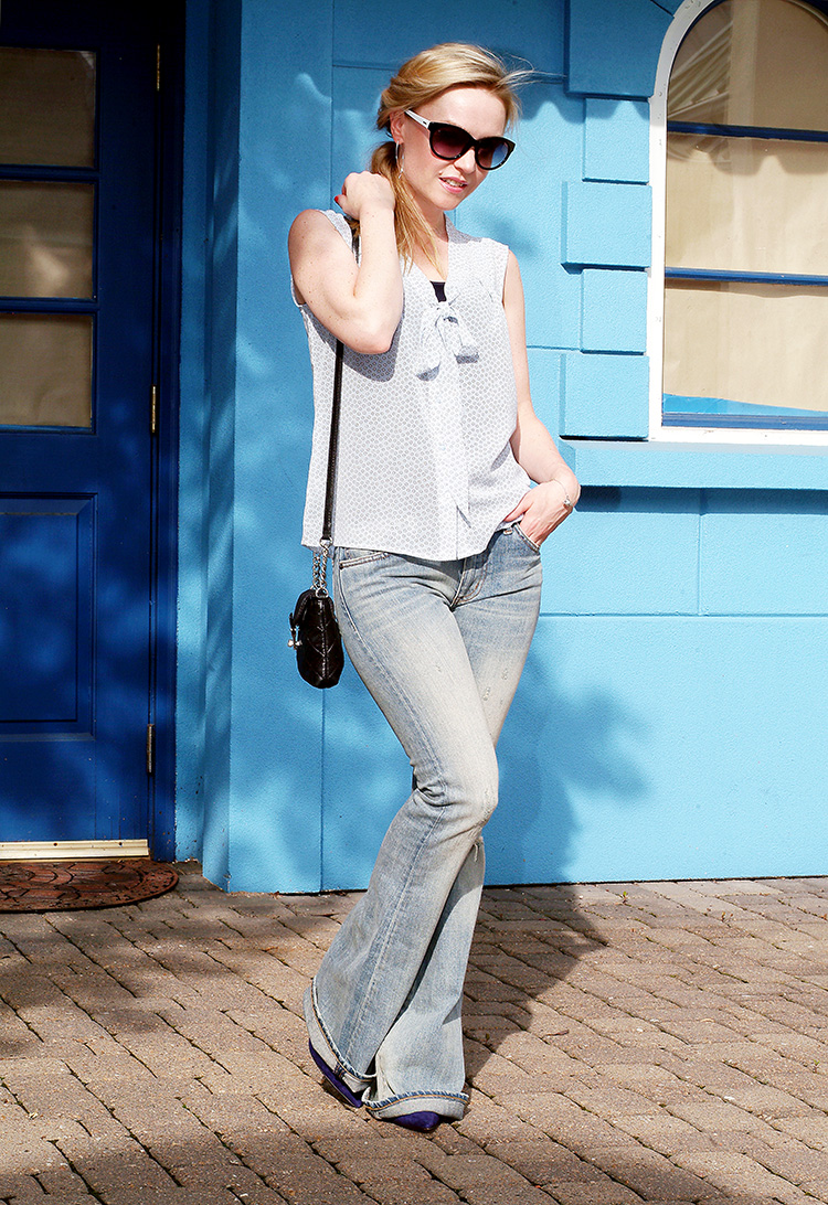 Outfit of the day by style blogger AnnRobieFashion: Blue Silk Sleeveless Top With A Bow by Loft, Flared Jeans by Ralph Lauren