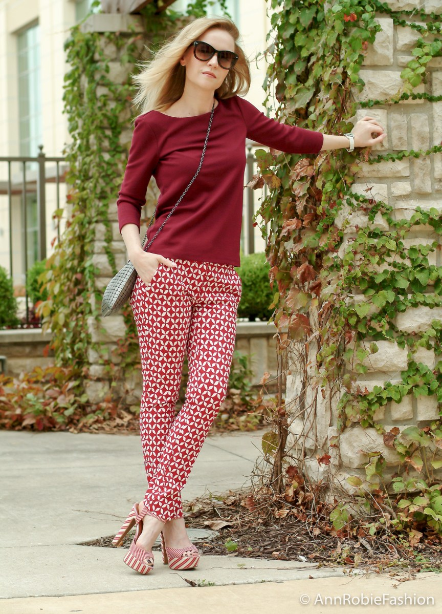 How to wear printed pants if you are short style tips by petite style blogger AnnRobieFashion: burgundy top Ann Taylor, red and white printed pants LOFT, platform sandals Jessica Simpson