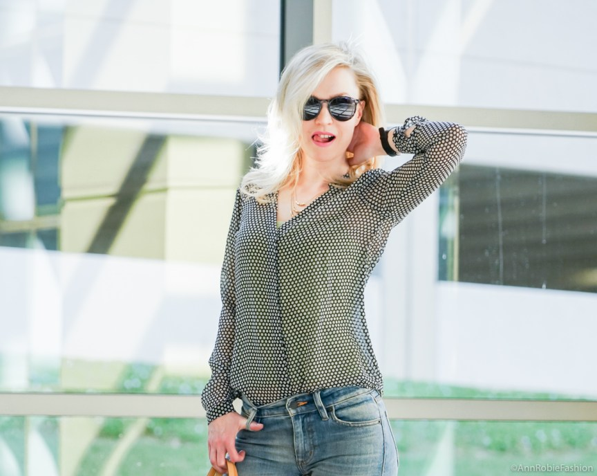Petite street style: Sheer blouse Ann Taylor, flared jeans Ralph Lauren - casual outfit by petite style blogger AnnRobieFashion
