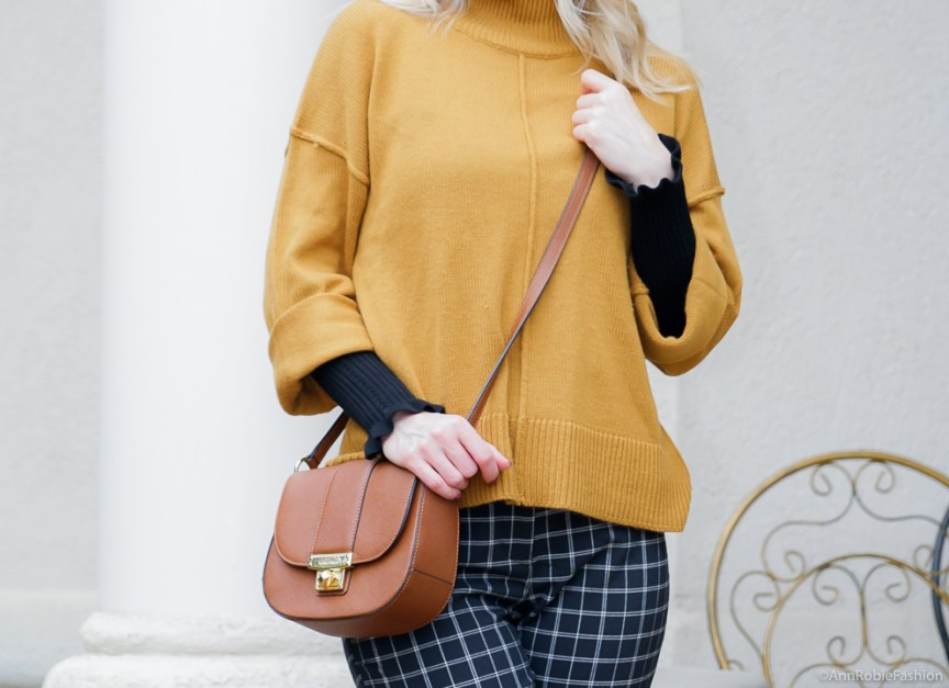 Color trend: mustard yellow & black