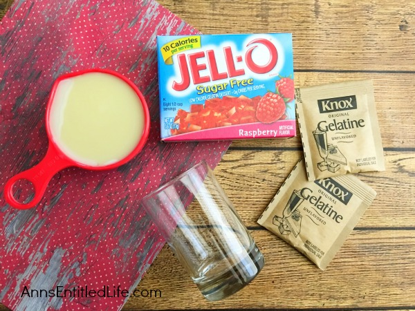 Jello Hearts Recipe. Delicious jello hearts are a fun and fabulous sweet treat for adults and kids alike. Simple to make, these delightful little cups of goodness will put a smile on your children's faces.
