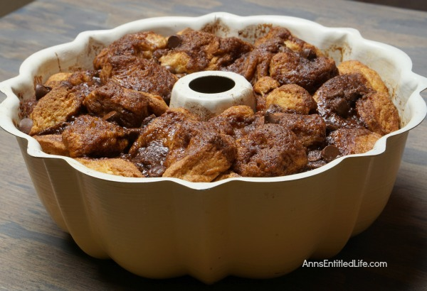 Death by Chocolate Monkey Bread.Do you like chocolate? If so, this Monkey Bread is the recipe for you. Oh so delicious, this mouthwatering Death by Chocolate Monkey Bread recipe is a fabulous dessert or a decadent breakfast: it is simply to die for!