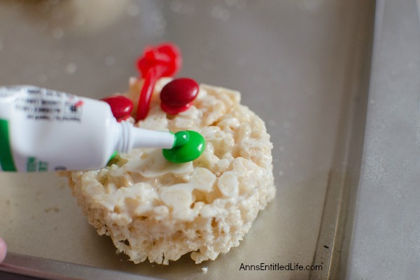 Edible Cereal Ornaments Recipe. Fun rice crispy cereal treats shaped like Christmas ornaments! These kid friendly, festive Edible Cereal Ornaments are easy to make and so delicious!