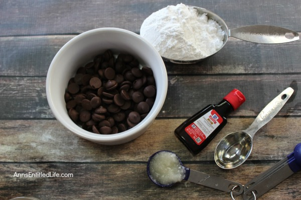Homemade Peppermint Patties Recipe. A light coating of decadent dark chocolate, and the smooth white center with a kiss of peppermint. If you love the cool and refreshing taste of peppermint, you will love these Homemade Peppermint Patties candy.