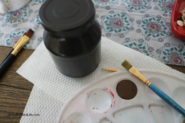 Thanksgiving Turkey Jar Craft. Make your own adorable Turkey jar craft. This easy step by step tutorial will show you how to easily make a turkey out of a condiment jar that is perfect for a centerpiece, mantel decor or table decorations this Thanksgiving! If you are looking for an easy to make Thanksgiving craft project, this is it!