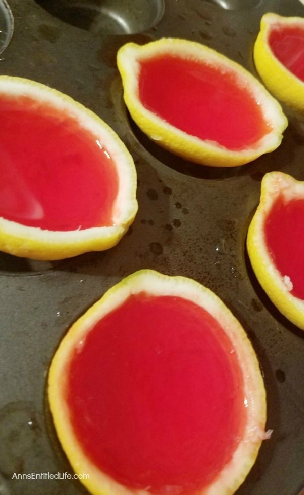 Strawberry Lemonade Jello Shots Recipe. Learn how to make this fruit jello shots recipe! They are a fun and simple way to make a festive strawberry lemonade jello shot for your next gathering. Easy to transport, these wonderful jello shots are great for parties, tailgating, and more!