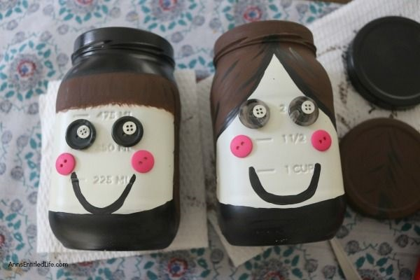 Pilgrims Jar Craft. Use this step by step instructional tutorial to make this adorable these Pilgrims Jar Craft for Thanksgiving! Simple to make, these cute little Pilgrims would look great as part of a Thanksgiving centerpiece, or on a fireplace mantel or side table as standalone decor.