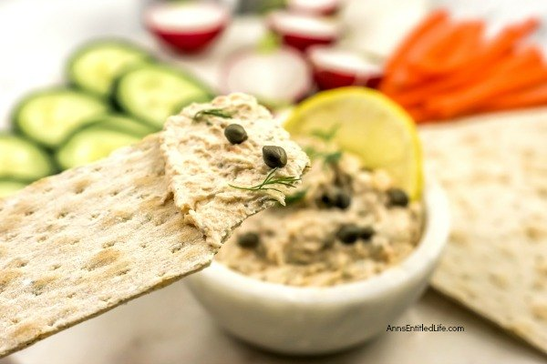 Easy Smoked Salmon Dip Recipe. This simple smoked salmon dip recipe comes together quickly and easily for a great dip. Perfect for entertaining this smooth and creamy salmon dip is also a wonderful way to treat your family to something a little different while watching television or during game night. This elegant salmon dip is terrific anytime!