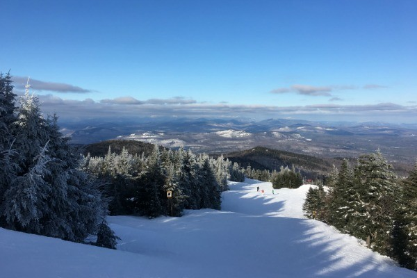 10 Best Places to Visit in New York State in Winter. While we may grumble and groan about snow sometimes, those of us who live in New York State know that it is a fabulous place to live and play during the winter.  Whether you are a New York resident, or you are visiting for a week or two during the winter, you can find some pretty amazing places to visit here in the Empire State.
