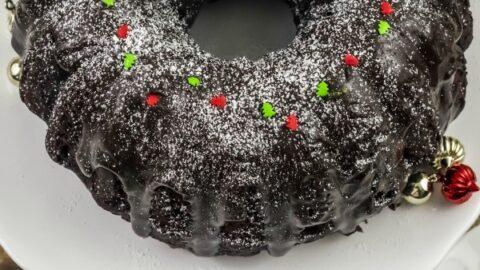 Baileys Irish Cream Hot Chocolate Bundt Cake Recipe