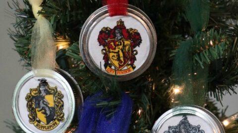 Hogwarts Mason Jar Lid Ornaments