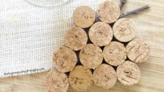 DIY Wine Cork Coasters Craft- The Homespun Hydrangea