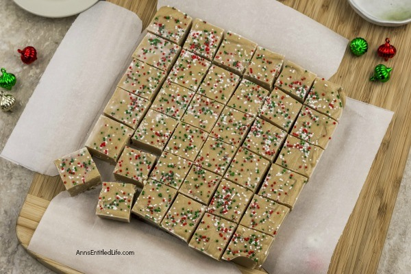 Gingerbread Fudge Recipe. This gingerbread fudge is a delightful break from traditional chocolate fudge. The spicy-sweet flavors come together to make the perfect holiday treat or dessert. This gingerbread fudge recipe works great as a holiday food gift or to fill your holiday platter for a Christmas or New Year party!
