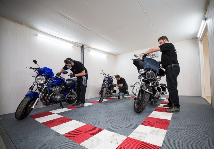 faire un detailing sur sa moto de collection pres d'orléans